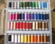 48色の刺繍糸見本